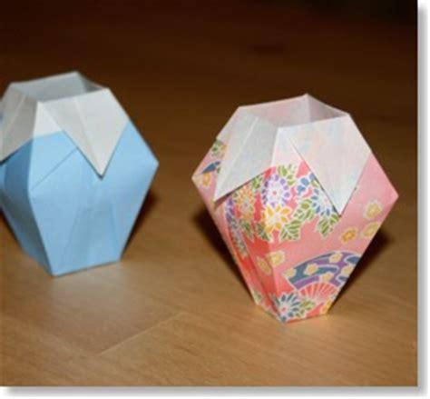 Simple Origami Vase - le vase senbazuru vid 233 os pour apprendre l origami