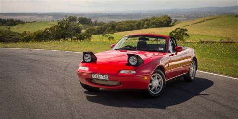 mazda car old mazda mx 5 old v new comparison first generation na v