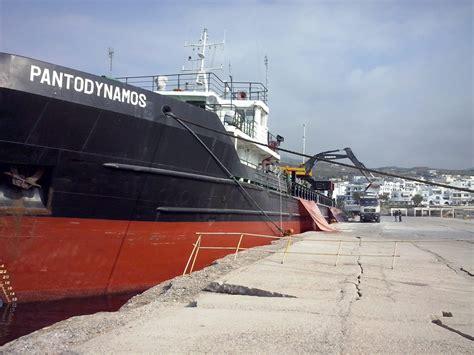 sea transportation dry cargo vessels