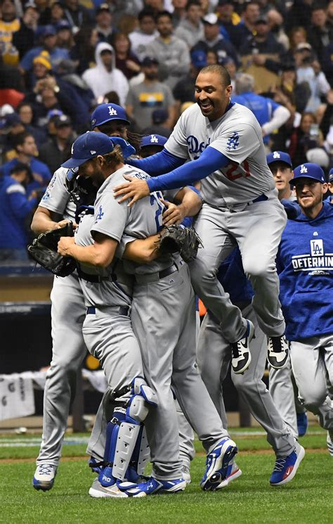 dodgers punch  ticket  world series    win   brewers  game    nlcs