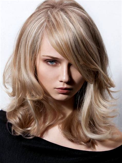 best hairstyles for a large nose great hairstyles to hide a big nose great hairstyles to