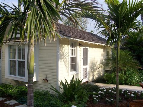 life on maple grove cottage tropical home decorating ideas 1000 images about florida on pinterest key west florida