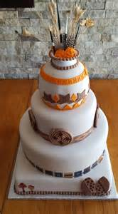 traditional wedding cakes traditional cakes mulberry cakes and cupcakes
