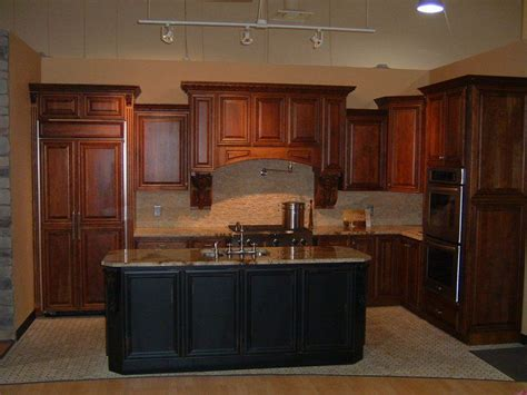 brookwood kitchen cabinets 17 best images about kitchen on pinterest mosaic tiles