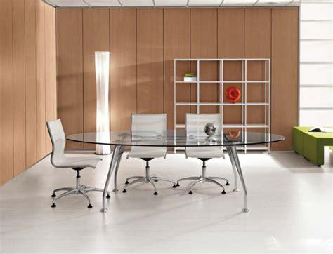 tavolo riunione vetro tavolo riunioni ovale mod segno con piano in vetro dr