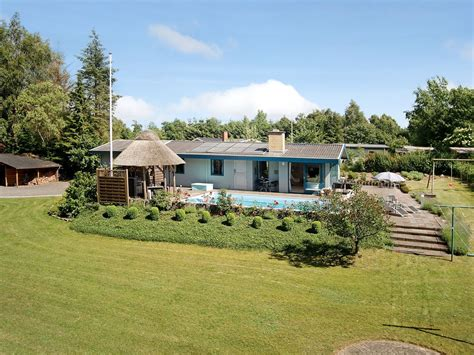 Cottages With Outdoor Pools by Cottage With Outdoor Pool