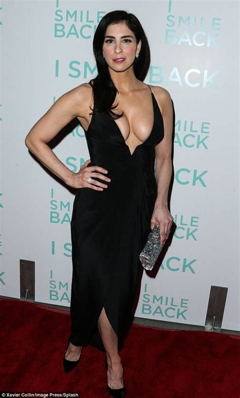 sarah silvermans hairy body sarah silverman height and weight stats pk baseline how