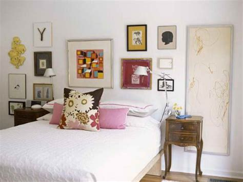 Decorating Ideas Bedroom Walls | how to decorate your room walls with inexpensive things