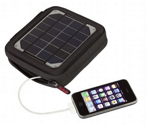 Solar L Charger by 8 Of The Best Solar Cellphone Chargers Solarfeeds