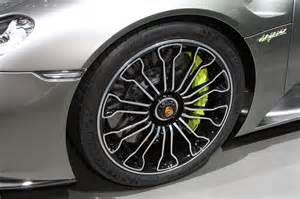 Porsche 918 Wheels Porsche 918 Spyder Makes Auto Show Debut Photo Gallery