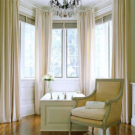curtains for round bay windows 25 best ideas about bow window curtains on pinterest