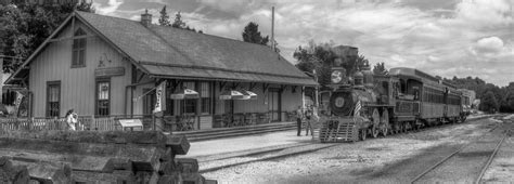 history of the new freedom railroad station new freedom