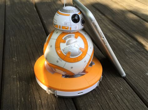 membuat robot bb 8 le robot bb 8 de star wars est arriv 233 premi 232 res photos