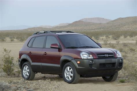 2005 hyundai tucson pictures information and specs