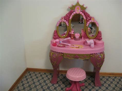 Rapunzel Vanity Set by Disney Princess Vanity Cinderella Sleeping Talking Mirror Princesses