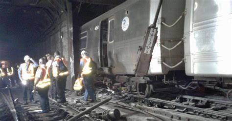 660 am radio fan nyc subway cars derail disrupt train service in nyc cbs news