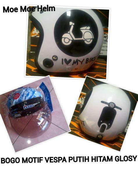 Helm Bogo Retro Motif Sepakbola jual helm bogo retro motif vespa putih hitam glosy moe