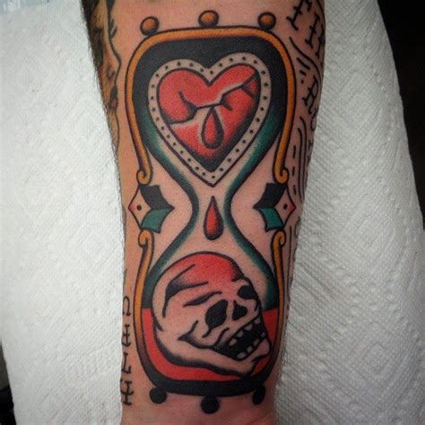 heartbeat death tattoo 78 best images about hourglass tattoos on pinterest