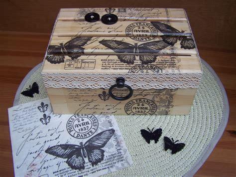 Collage Papier Sur Bois by Collage De Serviettes En Papier Sur Coffret Bois Finition