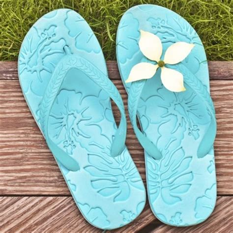 Flip Flop Decorating Ideas by Sober Yet Inspiring Ideas On How To Decorate Flip Flops