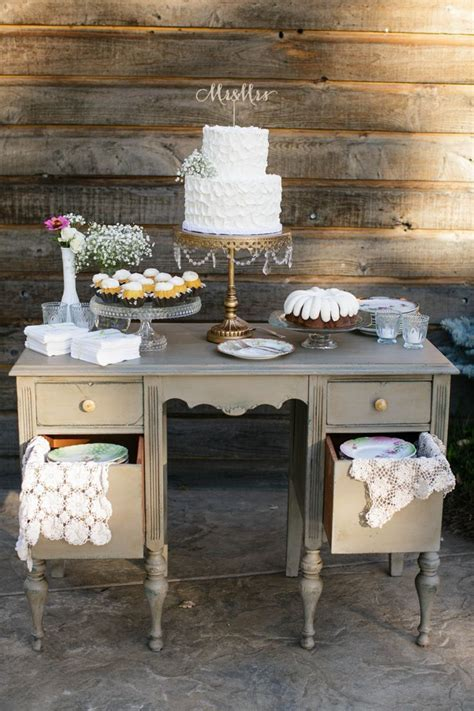 25  cute Cake table ideas on Pinterest   Cake table