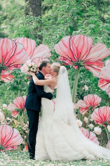 nel paese delle meraviglie fiori allestimento con paper flowers cos e silviadeifiori