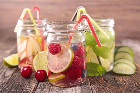 membuat infused water buat diet berbagai resep dan manfaat infused water untuk diet