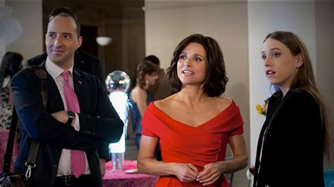julia louis dreyfus confronts her ex in old navy spot veep season 2 and julia louis dreyfus s legacy of likable