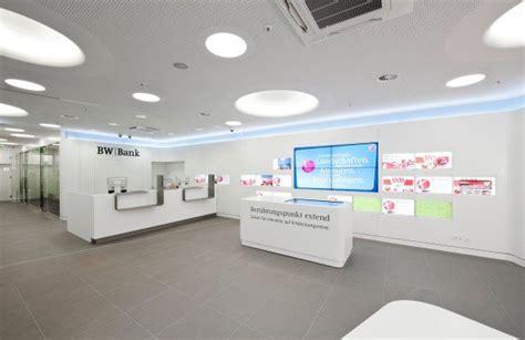 bw bank banking banking bw bank er 246 ffnet filiale mit multitouch tisch