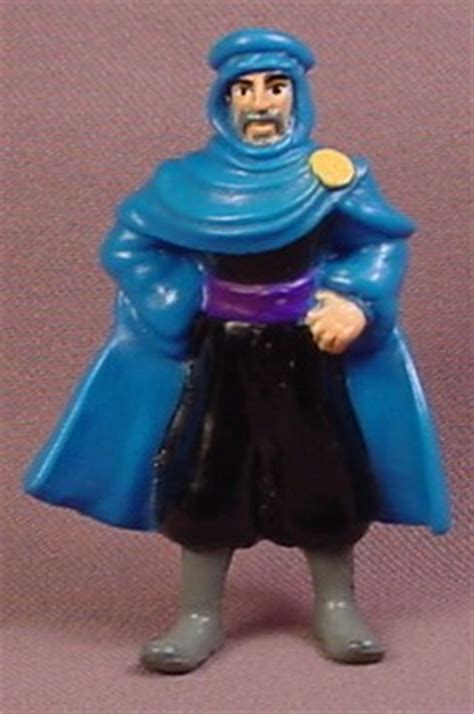 Disney 1996 McDonalds Aladdin Prince Of Thieves Cassim Figure Toy, 2 3/4 Inches Tall   RONS