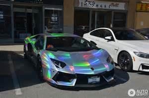 Holographic Lamborghini Lamborghini Aventador Spotted In Mind Warping Holographic Wrap