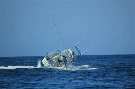 Fish Sinks Boat boat sinks while fighting a marlin billfish report