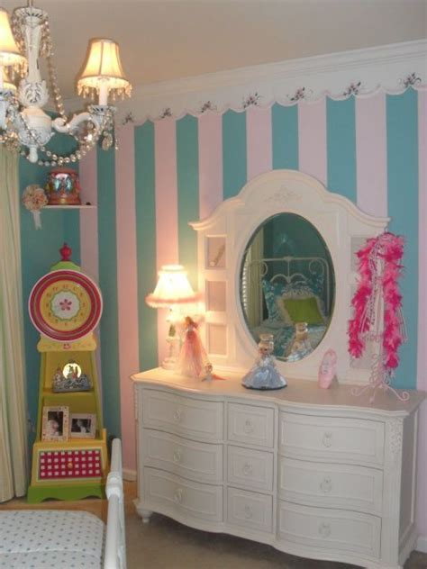 18 year old girl bedroom whimsical girls room i updated my 5 years old rm by changing color bedding take at