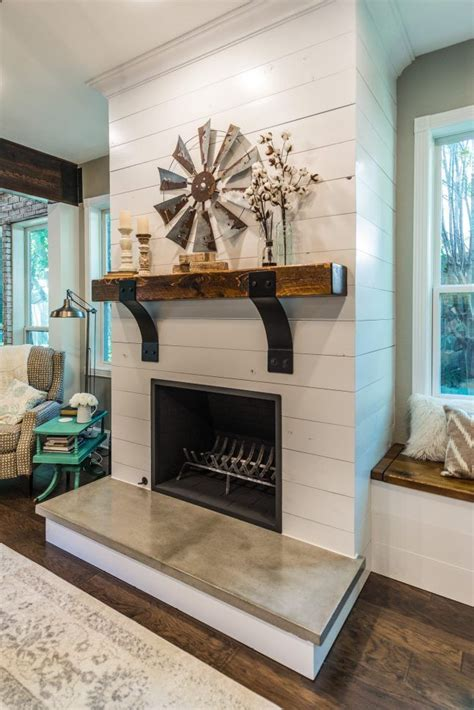 fireplace mantel remodel best 25 fireplace remodel ideas on mantle
