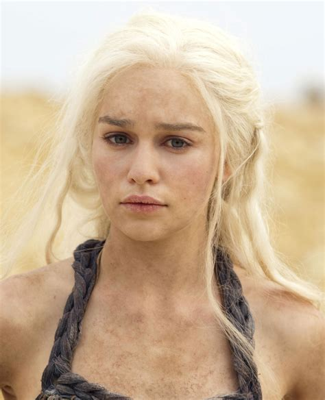 emilia clarke game of thrones daenerys targaryen