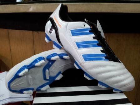 Sepatu Bola Adidas Predator Adipower jual sepatu bola original sepatu sepak bola adidas