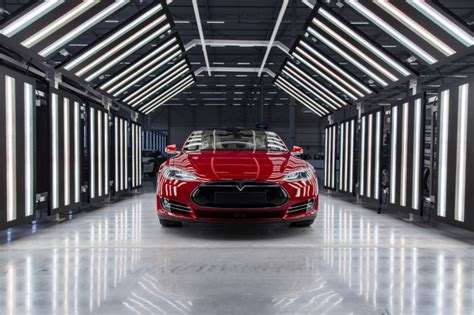 Tesla Manufacturing Tesla S Factory To Production For Model S And