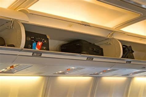 airline cabin baggage cabin baggage and airline allowences