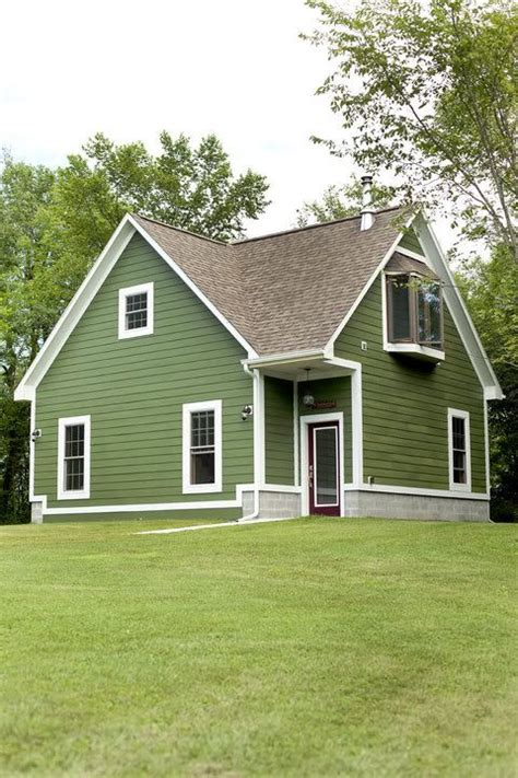 green house color website to help choose exterior house colors for the