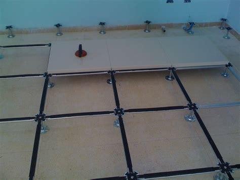 pavimenti galleggianti per interni prezzi pavimenti sopraelevati per interni