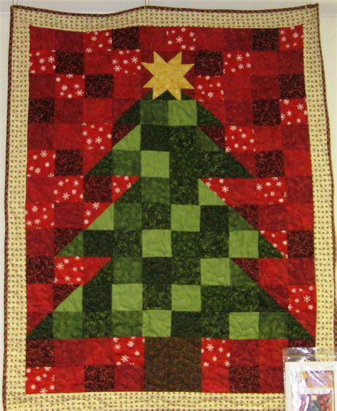 fabric mill christmas tree wall hanging
