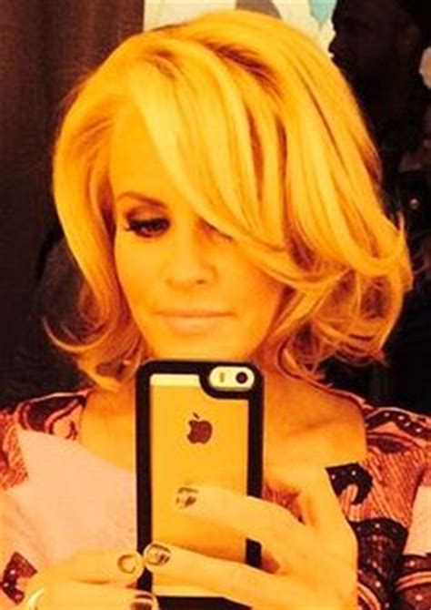 jenny mccarthy without extensions jenny mccarthy before make up after make up natural