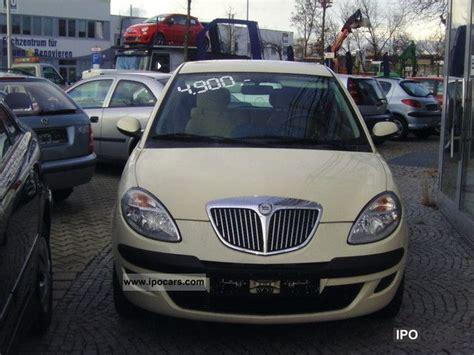 2004 lancia y 1 2 8v car photo and specs