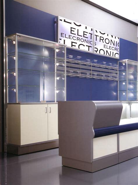 arredamento negozio telefonia 04 arredamento negozio elettronica telefonia si 01