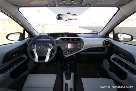 Prius C Interior by 2012 Toyota Prius C Interior Drive Information Lcd