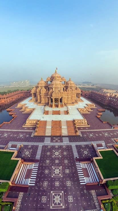 wallpaper for iphone india cityscapes india akshardham temple wallpaper