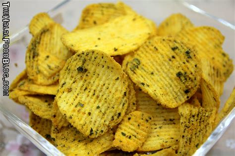 Lebro Salted Egg Potato Chips yolky chips the halal food