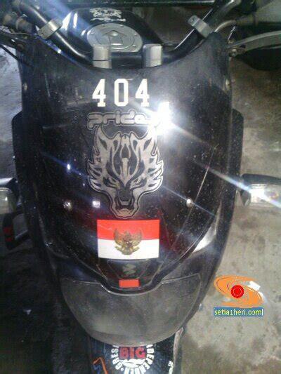 Windshield Motor Surabaya windshield sudah datang siap menggantikan visor cs1 di