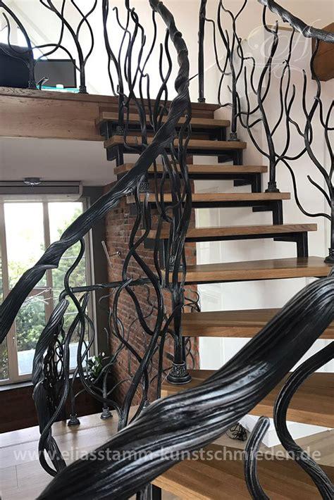 exklusive geschmiedete treppen  handarbeit aus natur stahl