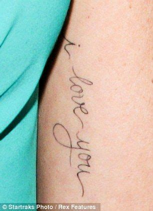 jennie garth tattoo jennie garth gets new i you inked on